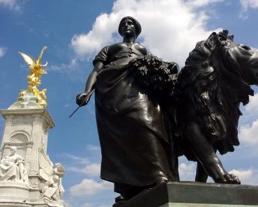 Victoria Memorial - London
